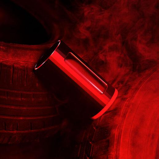 Bild på en masturbator i svart och röd färg från Lelo. LELO F1S V2 Röd.